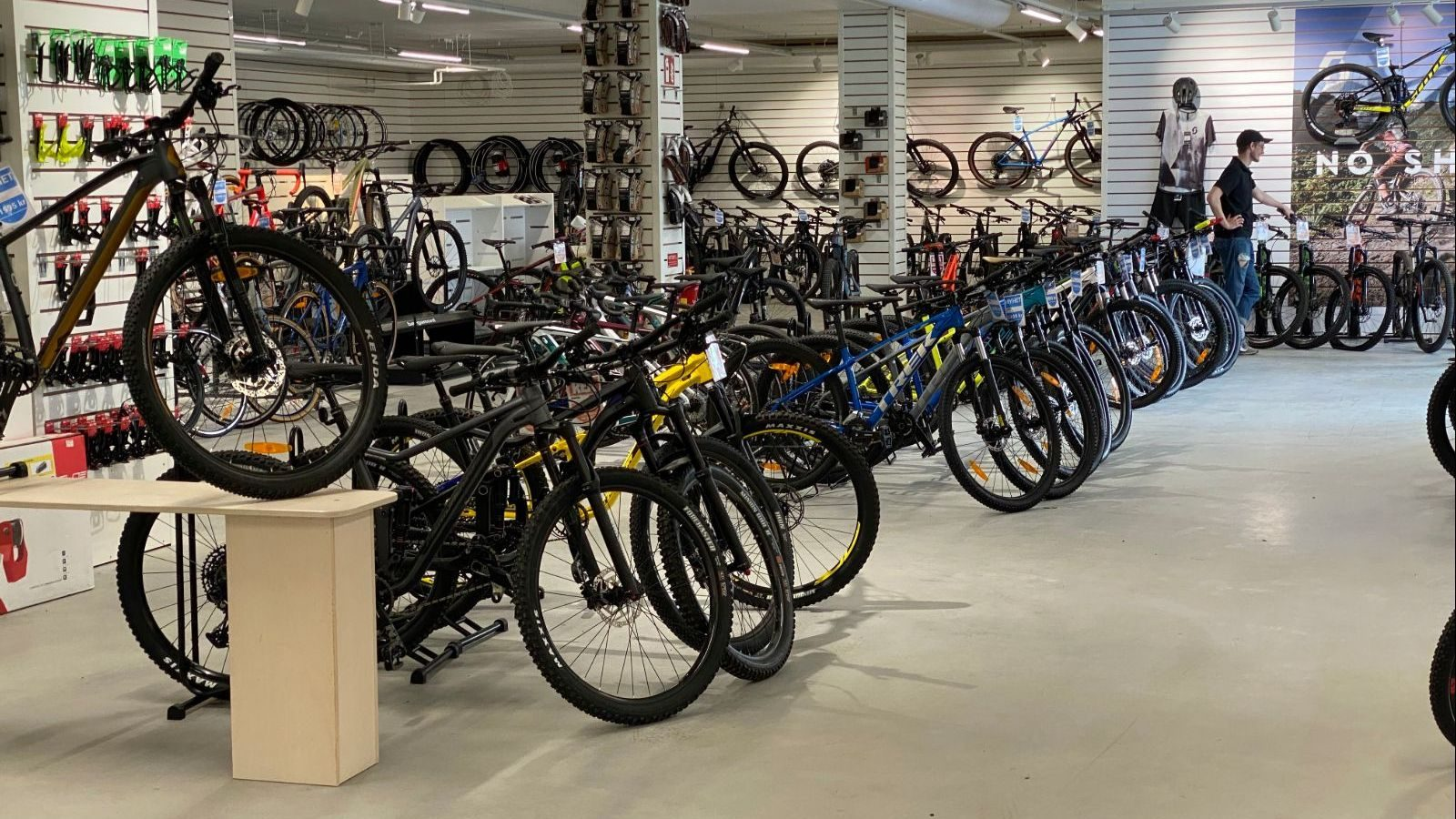 cykelhuset Uddevalla 1600x900 07